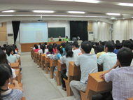 Interns presenting at Hainan University on sea turtle conservation