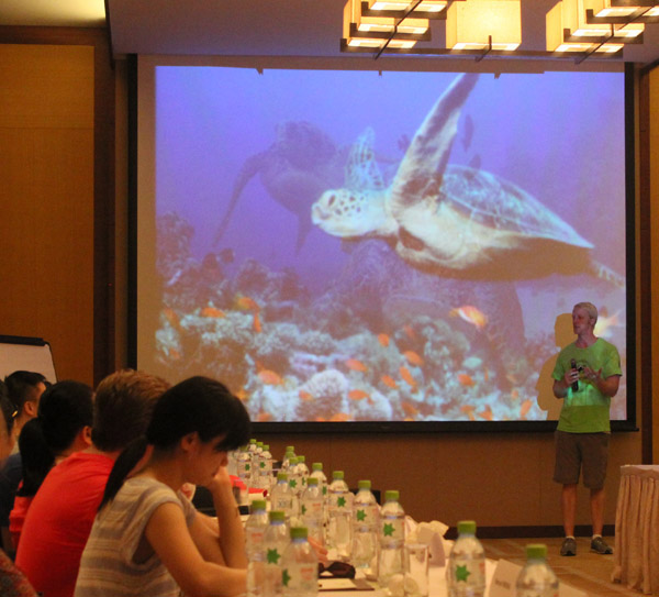 Education in sea turtle conservation class